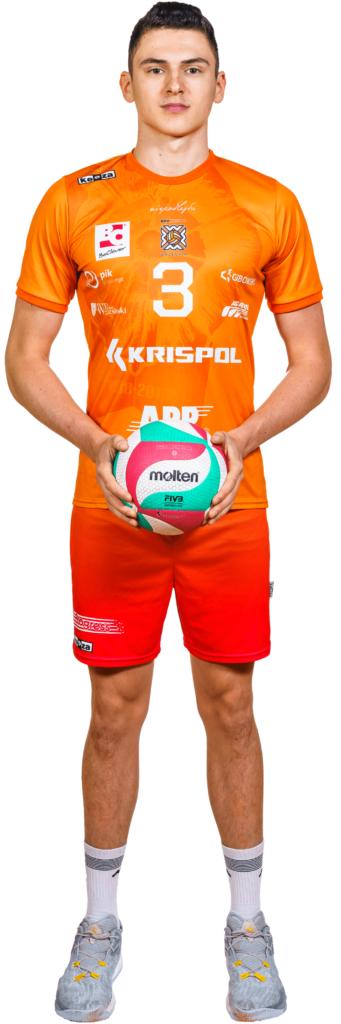 3 - m.krysiak_biale tlo-min